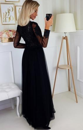 Jaka sukienka najlepiej sprawdzi się na randkę?