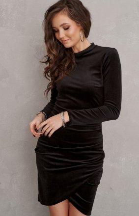 Jak wybrać sukienkę wieczorową idealnie dopasowaną do figury?